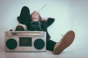 איך להוריד שירים מהאינטרנט