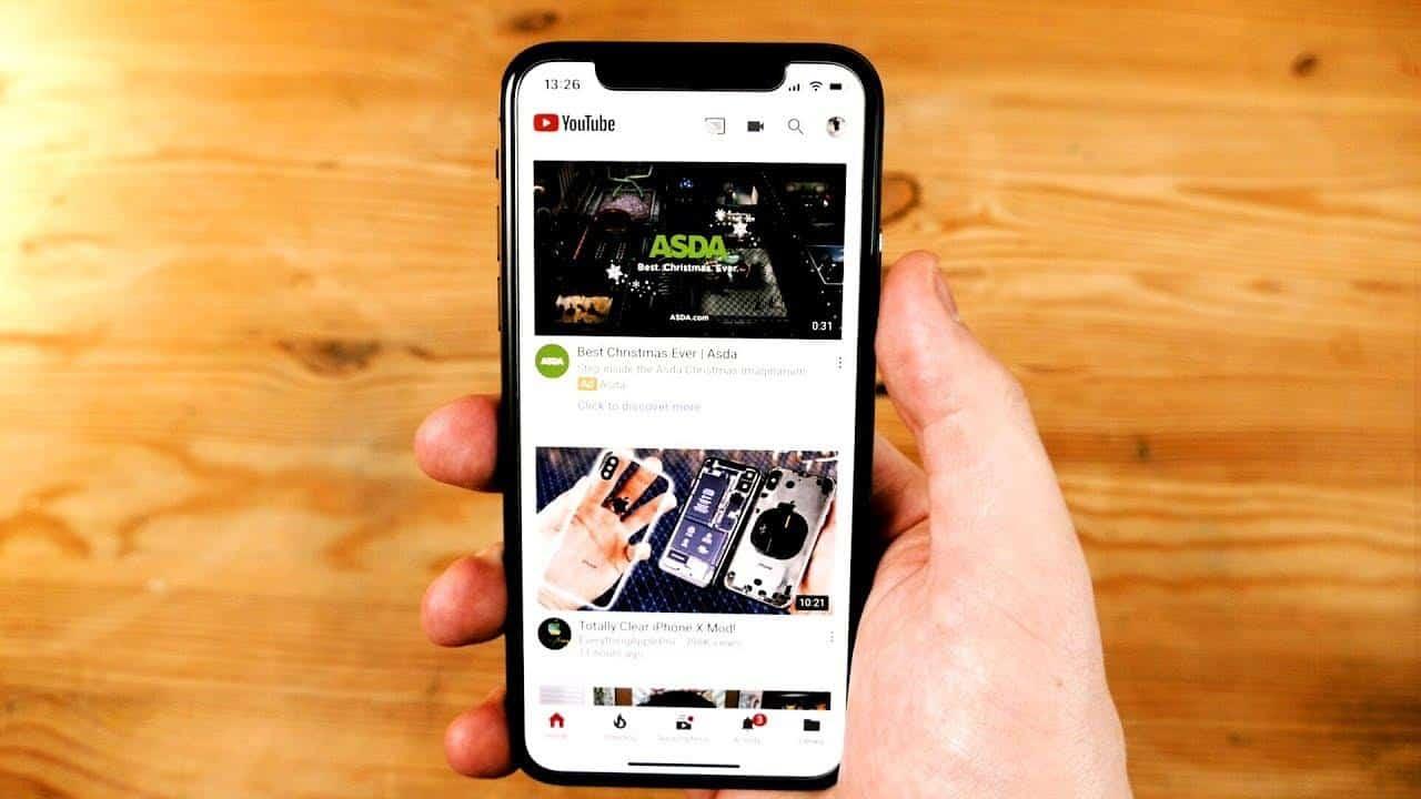 איך לשמוע שירים במקביל לשימוש באייפון?